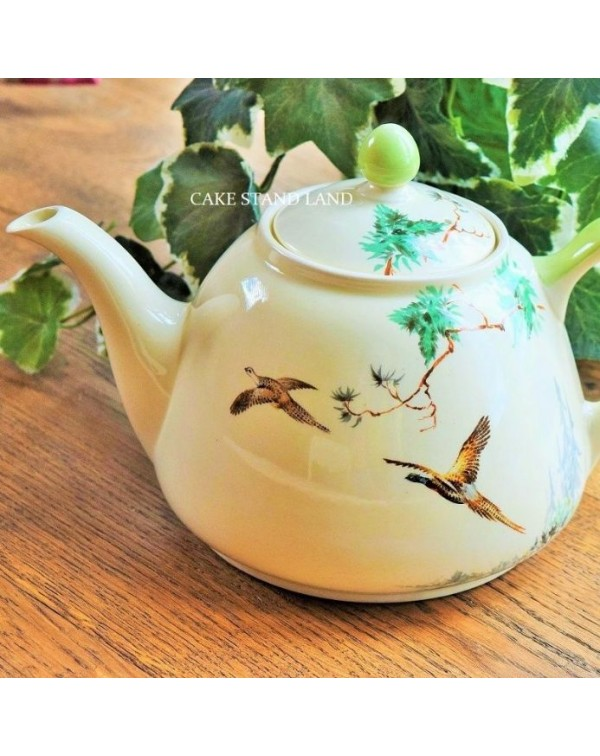 (OUT OF STOCK) Royal Doulton The Coppice teapot